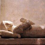 Sepulcro del señor de Belcastel en la iglesia de Belcastel