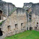 Patio central del Castillo de Najac al sur de Francia