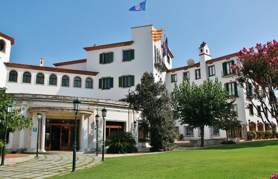 Camino de ronda s agar gu as viajar for Hotel la gavina