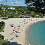 Playa de Sa Conca en el camino de ronda de S´Agaro en el Ampurdan