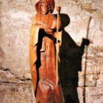 Escultura del Apostol Santiago en la Abadía de Conques al sur de Francia