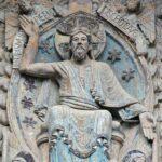 Tímpano de la Portada de la Abadía de Conques en Aveyron al sur de Francia