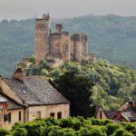 Castillo de Najac en Aveyron al sur de Francia