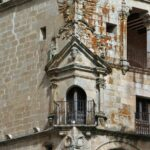 Palacio Duques San Carlos en la plaza Mayor de Trujillo en Extremadura
