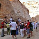 Altar nabateo en el desfiladero Siq de Petra en Jordania