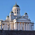 Catedral de Helsinki al atardecer