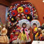Muñecas de México en el museo de Castell de Aro en el Ampurdán