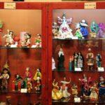 Muñecas del mundo en el museo de Castell de Aro en el Ampurdán