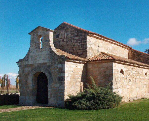 Iglesia románica de Baños de Cerrato en Palencia @Turismo Palencia