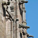 Gárgolas en la catedral gótica de Rodez al sur de Francia