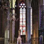 Altar mayor de la catedral gótica de Rodez al sur de Francia