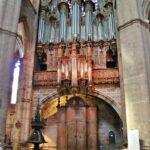 Organo de la catedral gótica de Rodez al sur de Francia