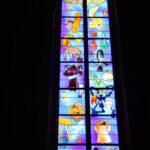 Vidriera de la catedral gótica de Rodez al sur de Francia