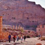 Vía de las columnas en Petra en Jordania