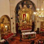 Interior de la Ermita de la Virgen de la Plaza en Elciego en Rioja Alavesa