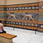 Puerta de Ishtar de Babilonia en museo Pérgamo de Berlín