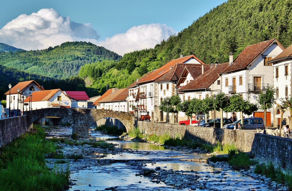 Qu ver en ochagavia navarra gu as viajar - Casa rural en pirineo catalan ...