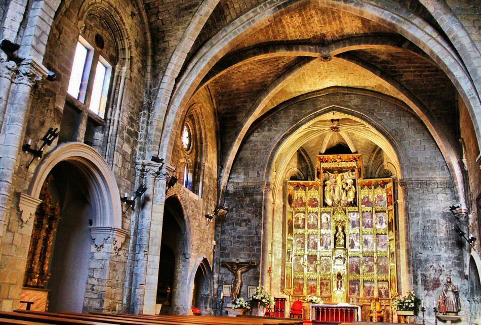 Iglesia gótica de Santa María en Olite en Navarra