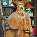 Figura de Santiago de Compostela en Conques al sur de Francia