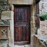 Rincón del pueblo medieval de Conques en Aveyron al sur de Francia