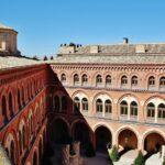 Patio interior del castillo de Belmonte en Cuenca