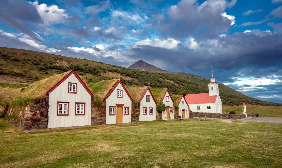 C mo viajar a islandia gu as viajar - Casas en islandia ...
