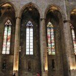 Vidrieras de la Basílica de Santa María del Mar en Barcelona