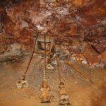 Barrenas en la mina de de hierro del parque minero del Maestrat