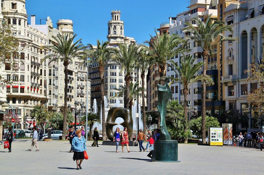 Plaza del Ayuntamiento de Valencia