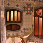 Patio interior de la Casa Batlló de Gaudí en Barcelona