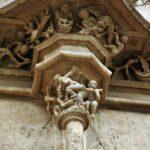 Detalle de la fachada exterior de la Lonja de la Seda en Valencia