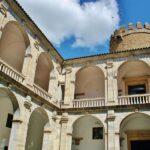 Patio central del palacio de los Duques de Feria en Zafra