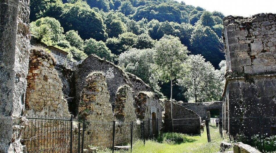Antigua fábrica de armas de Orbaiceta en Selva de Irati Navarra