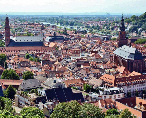 Vistas de Heidelberg desde los jardines del castillo