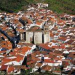 Vistas del pueblo de Feria desde el castillo en la provincia de Badajoz