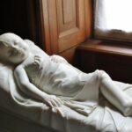 Escultura en el palacio de Charlottenburg en Berlín