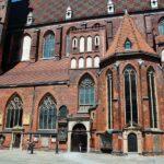 Iglesia de Santa Isabel junto a la plaza del Mercado de Wroclaw