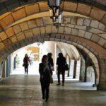 Soportales de la céntrica calle de los Ciudadanos en Girona