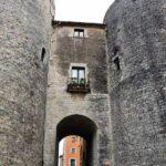 Muralla de la ciudad histórica Forca Vella en Girona