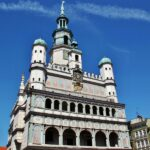 Ayuntamiento renacentista en la plaza del Mercado de Poznan