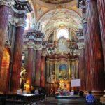 Catedral Fara, iglesia jesuita barroca en el centro de Poznan