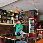 Bar en el centro de Varsovia