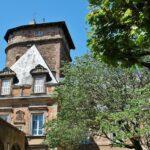 Torre de Corbieres en la antigua muralla de Rodez al sur de Francia