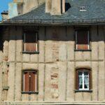 Casa de la ciudad medieval de Rodez en Aveyron al sur de Francia