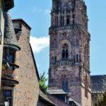 Torre de la catedral de Rodez en Aveyron al sur de Francia