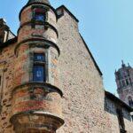 Palacio de Lauro en la ciudad medieval de Rodez al sur de Francia