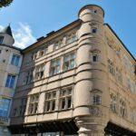 Edificio del centro de Rodez al sur de Francia