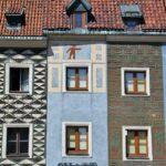 Casas con fachadas de colores en la plaza del Mercado de Poznan