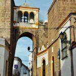 Puerta de la antigua alcazaba en Elvas en Alentejo Portugal