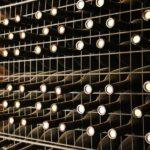 Vino en botellas en la bodega Finca La Estacada de Tarancón en Cuenca